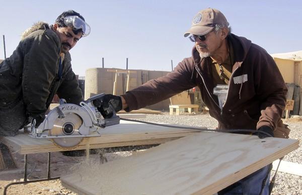 men-working-alberta